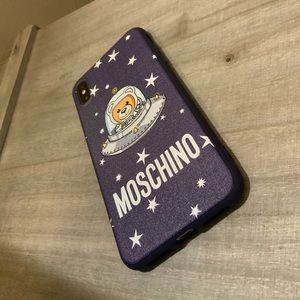 IPHONE X/XS MAX MOSCHINO PHONE CASE